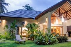 mana_lombok_santai_villa__0013_exterior1_2_3_fused